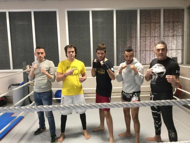Nella foto da sinistra Davide Parigi, Sion Cristian (Istruttori) Lorenzo Salvaggio, Abra Driouich (Atleti) e Riccardo Ginepri (Istruttore)