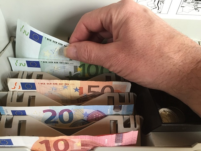 cassa_soldi_generica_