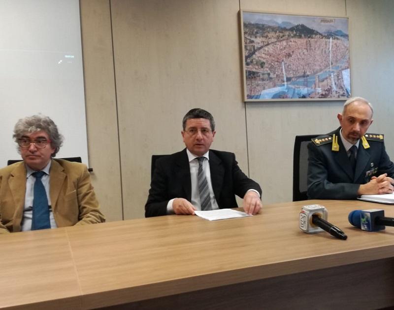 (Foto gonews.it) Pm Giulio Monferini, procuratore Giuseppe Creazzo, Colonnello Carlo Levanti