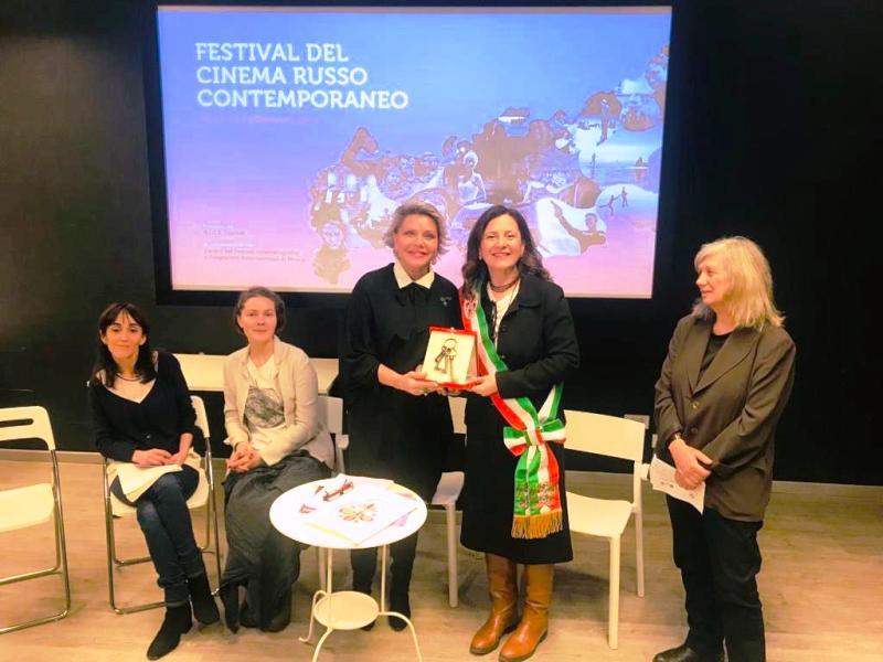 Le Chiavi della Città di Firenze all'autrice e produttrice Tatiana Shumova