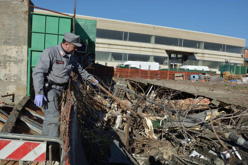Discarica di rifiuti pericolosi, sequestrato cantiere: nei guai ditta di Montelupo