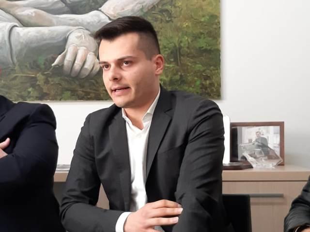 """Giunta Cascina, anche Ziello lascia: """"Conseguiti obiettivi di mandato"""". È il quinto assessore a dimettersi"""