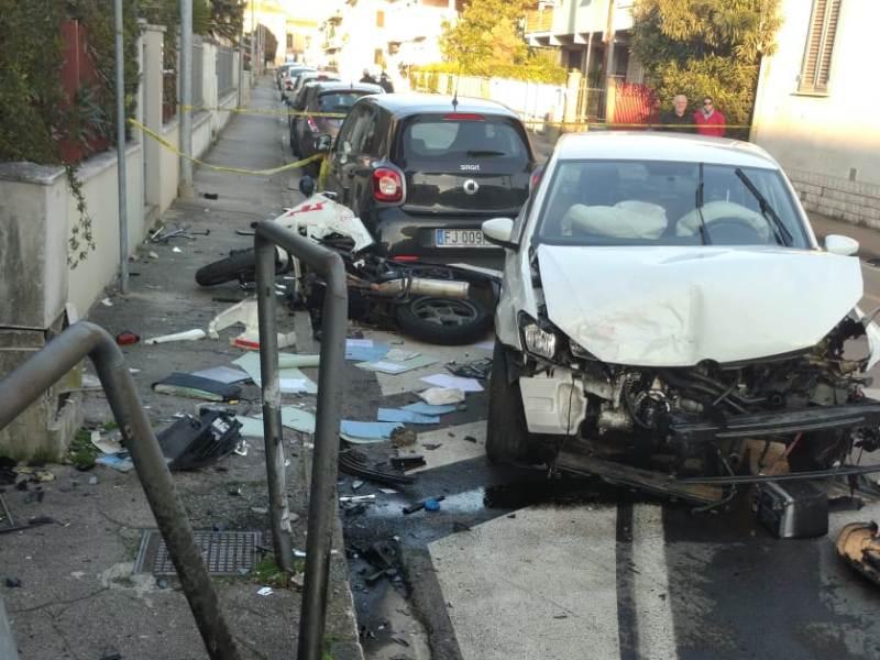 Scontro tra auto e moto a Santa Croce, motociclista in codice rosso