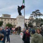 La manifestazione in piazza della Vittoria