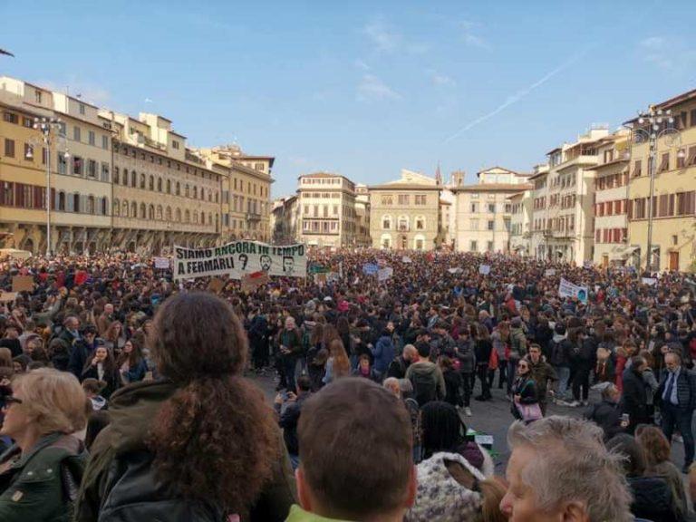 Foto dalla pagina Facebook ufficiale Cgil Firenze
