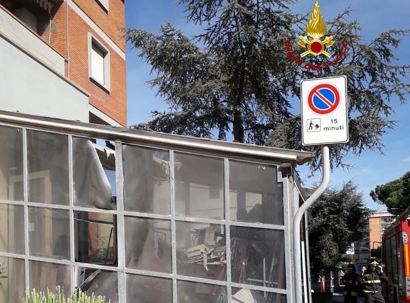 vigili_del_fuoco_follonica_supermercato_magazzino_2019_03_14