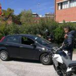 LIVORNO - Bimba di 11 anni in auto senza le cinture - la madre sanzionata dalla Polstrada, che ha pure ritirato una patente e tolto 65 punti. FOTO