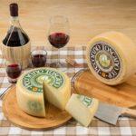 Pecorino Toscano DOP e vino