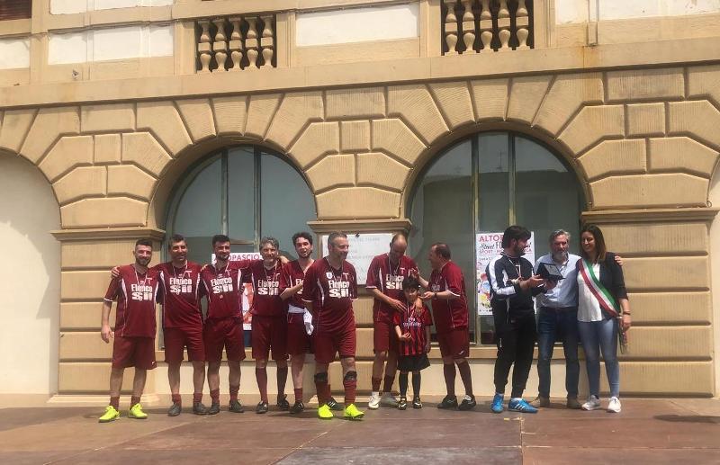 Campioni Triangolare Calcio_commercianti