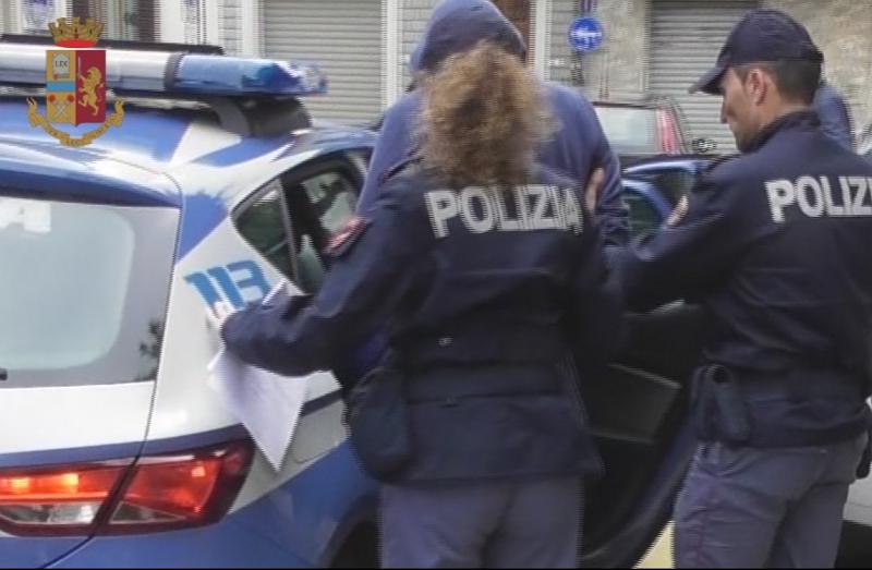 Violenta ragazza mentre fa jogging, polizia arresta molestatore seriale 36enne