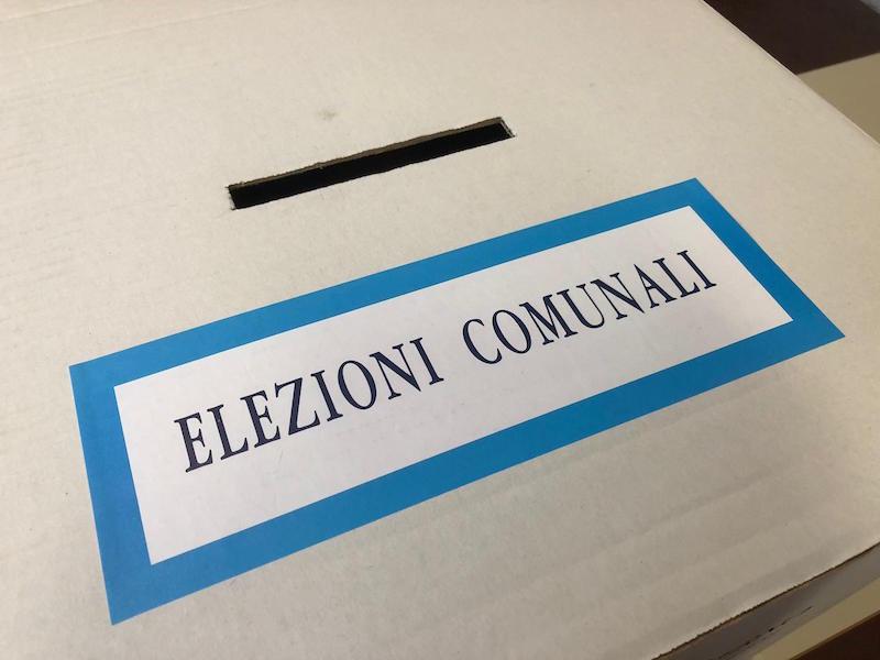 elezioni_comunali_europee_amministrative_urna_generica_voto_2019_05_26_4