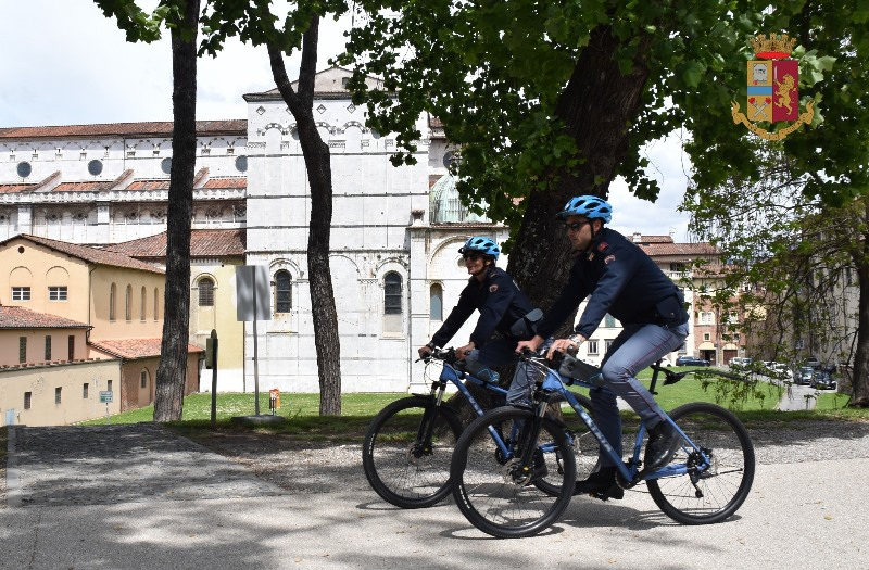 polizia_lucca_mountain_bike2