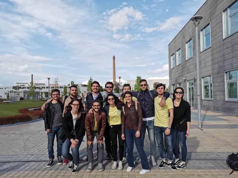 Studenti Unipi sul podio Manuthon a Napoli