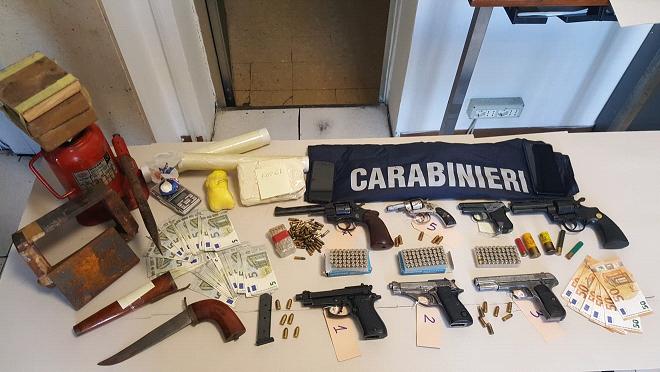 carabinieri droga armi santa maria monte 2019_06_20___