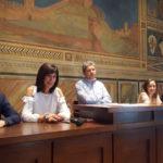 Simone Giglioli e la sua giunta (foto gonews.it)