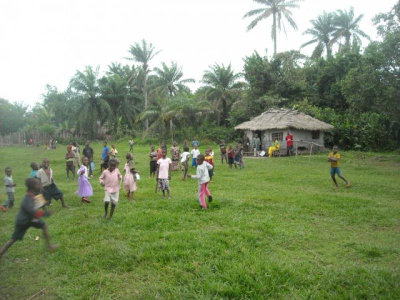 Estate solidale a Calcinaia, apericena per Molunga: continua il sostegno al villaggio congolese