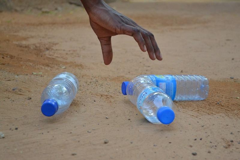 bottiglia_acqua_inquinamento_borraccia
