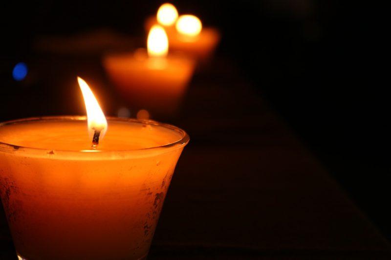 lutto morte cordoglio candela