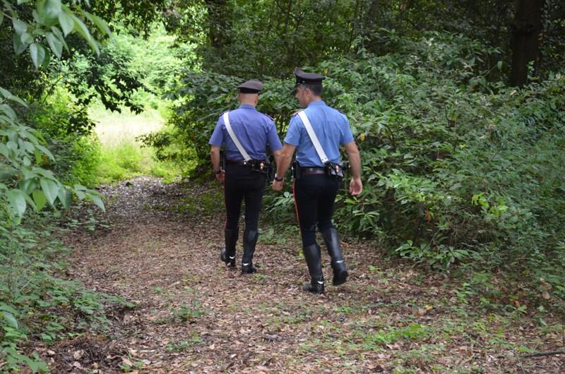 Pusher scappa e manda carabiniere a terra, arrestato alle Cerbaie