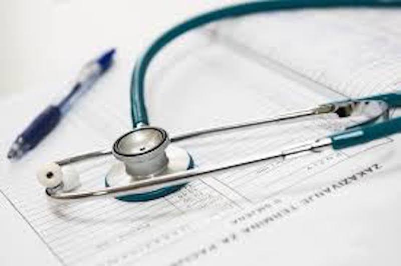 dottore_medico_sanita_ospedale_infermiere_generico_2019_07_15_