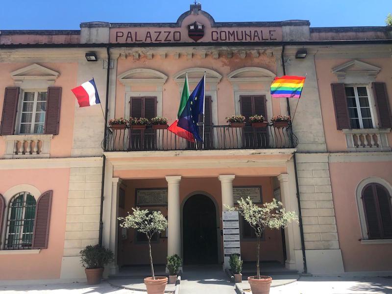 pride_bandiera_toscana_calcinaia_2019_07_05