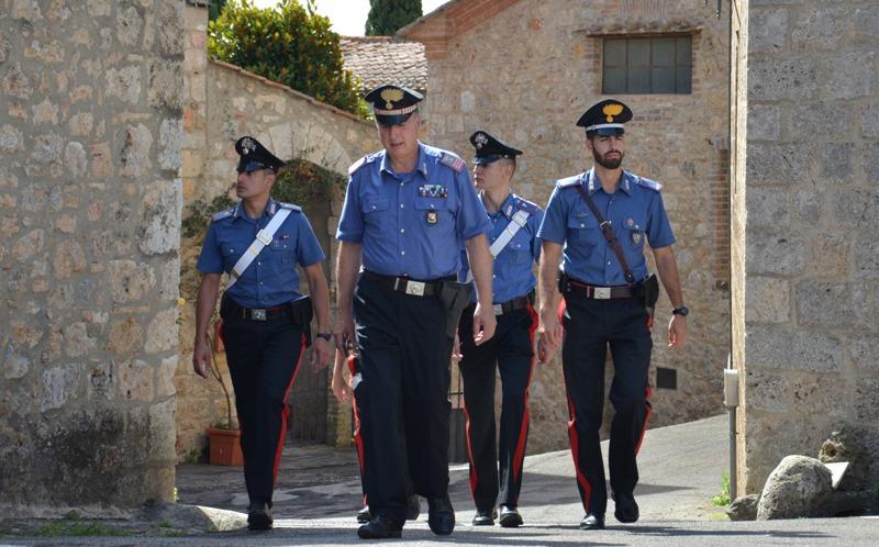 siena_carabinieri--