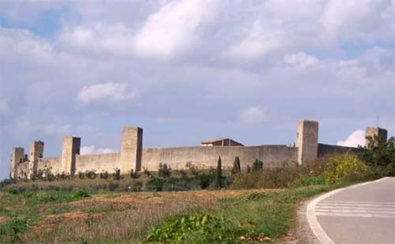Castello_Monteriggioni__2