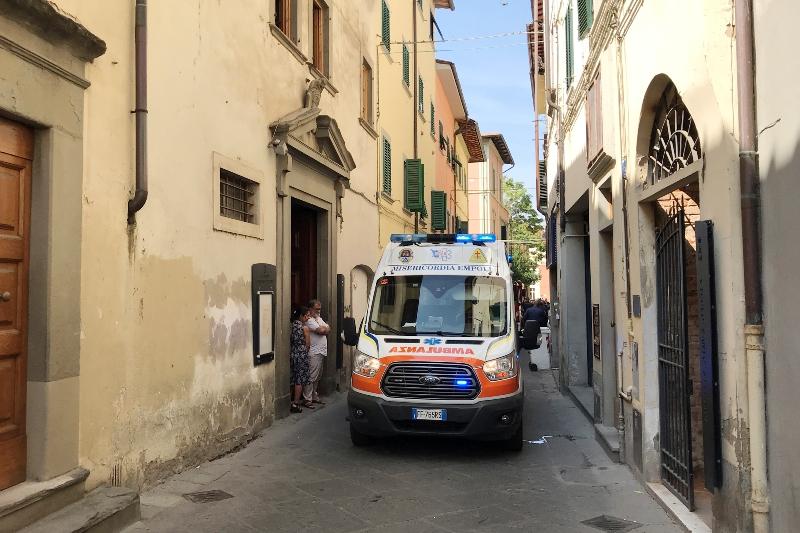 Straniera uccisa ad Arezzo, era legata al letto