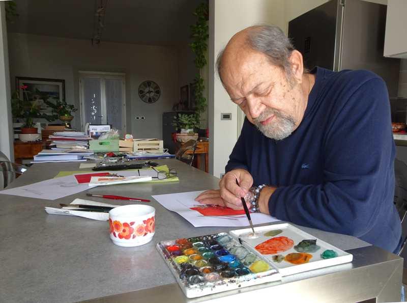 artista Marcello Scuffi mentre dipinge il bozzetto della bandiera di Quarrata 2