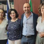 da sinistra l'assessore alla pubblica istruzione, Antonella Baiano, la nuova preside Maddalena Albano, il sindaco Simone Calamai e la vice preside Elena Ciabatti