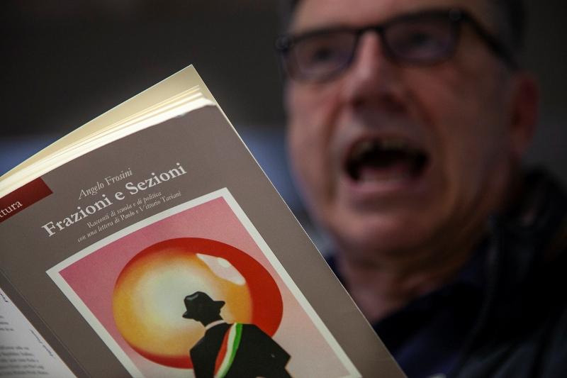 I libri diventano spettacolo al Circolo Cheli: presentazione di 'Frazioni e Sezioni' con l'autore Frosini