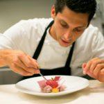 Lo chef Simone Acquarelli