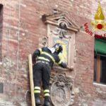 tabernacolo a Siena Pian dei Mantellini 67