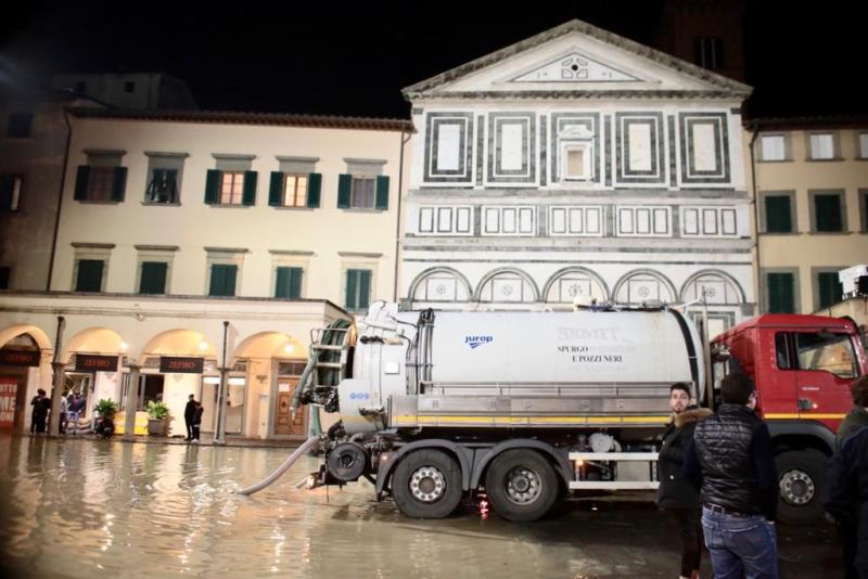 autospurghi_piazza_leoni_farinata_uberti_17_11_2019