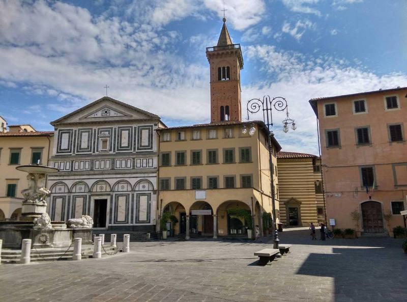 piazza_farinata_degli_uberti_3