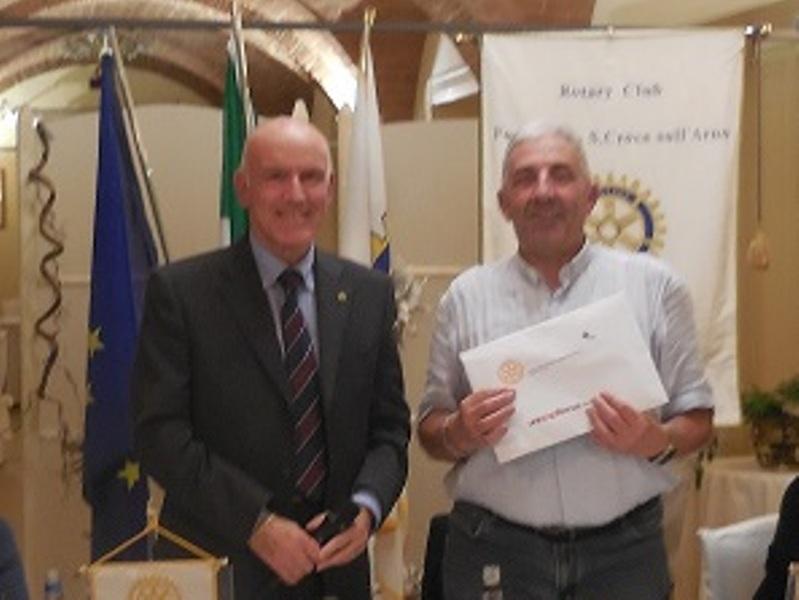 Rotary Fucecchio e Santa Croce, 200 buoni acquisto a Don Zappolini - gonews