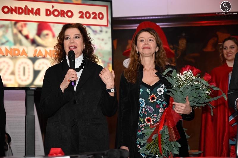 Amanda Sandrelli premiata con l'Ondina d'Oro, 21 anni dopo la madre Stefania