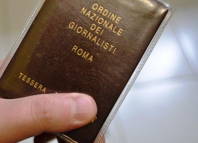 Rider aggredisce giornalista a Firenze