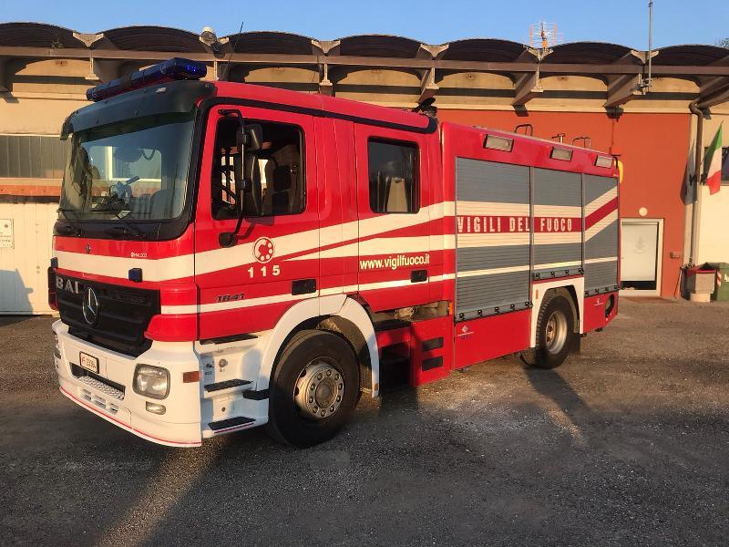 Abruzzo in fiamme, il soccorso dei vigili del fuoco della Toscana
