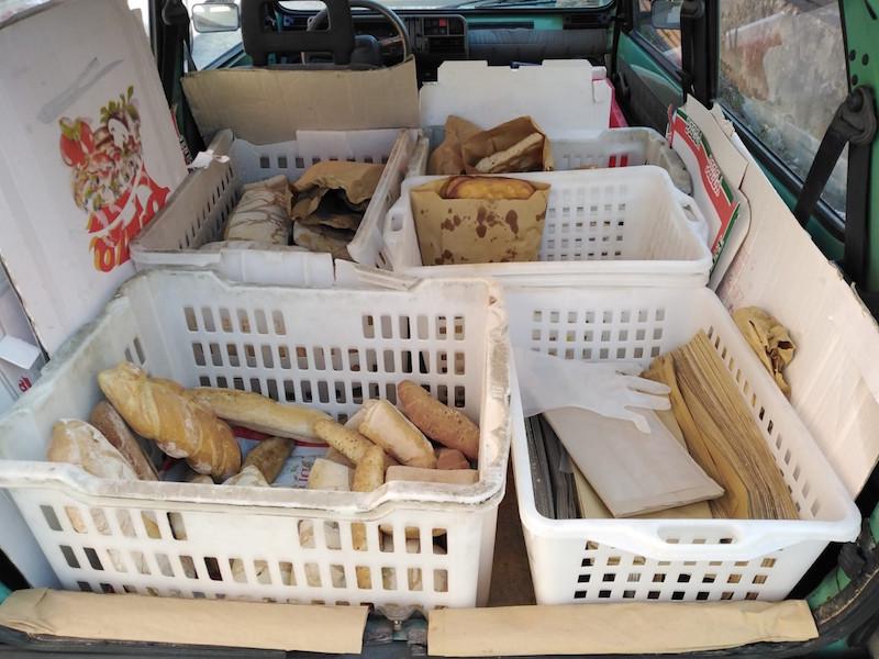 Vende abusivamente pane e focaccia nelle case di Altopascio, denunciato