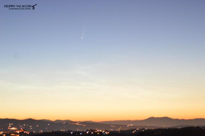 La Cometa Neowise su Ragusa Ibla