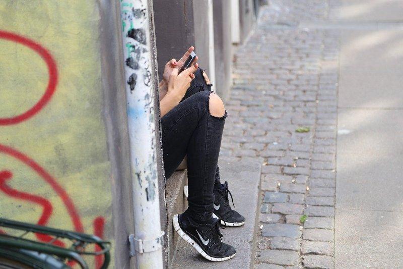 """Social network, Brogi (Corecom): """"Sugli adolescenti il rischio è altissimo"""""""