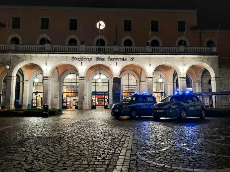 Ricercato arrestato di notte alla stazione di Pisa