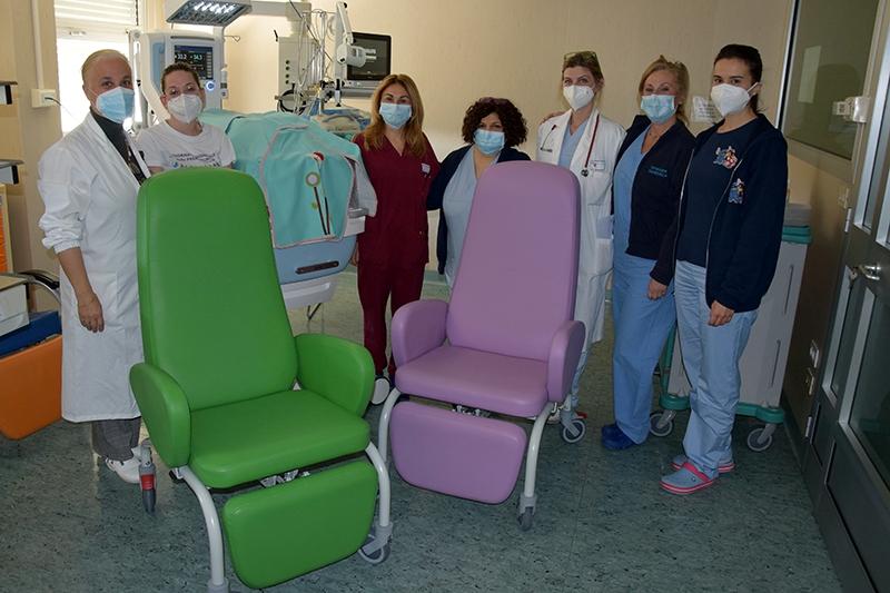 Quattro poltrone da allattamento all'ospedale di Siena grazie alla famiglia Vercellotti