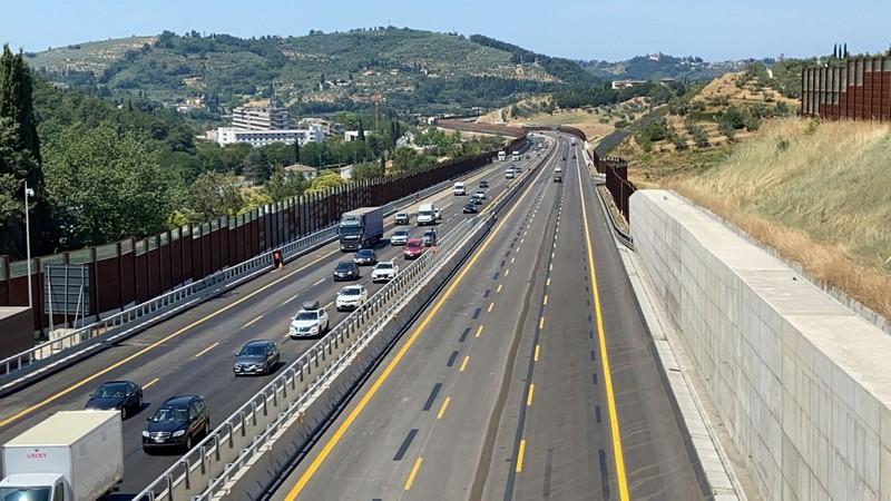 A1 in festa: aperta la terza corsia nel tratto tra Firenze sud e Incisa