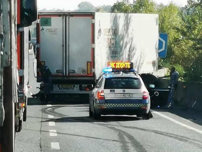 Incidente in Fi-Pi-Li tra Pontedera e Ponsacco, disagi risolti